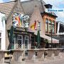 Die Innenstadt von Lemmer mit gemütlichen Geschäften und Kneipen