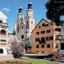 Bischofsstadt Brixen - Domplatz - nur ca. 9 km entfernt von Feldthurns