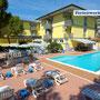 Unser Hotel in Grado mit Pool