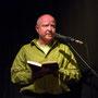 Frank Niehusmann liest mit verfremdeter Stimme