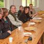 Diskussion im Ausstellungsraum Tim Weltermann
