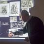 "Thomas Hensel erläutert Teile aus Aby Warburgs ""Mnemosyse-Atlas"""