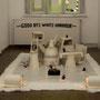"""Ausstellungsraum Hardy Bock mit der Installation """"Goodbye White Harbour"""""""