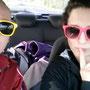 Die beiden Chicks Anika und Jenny auf dem weg nach Südkehdingen