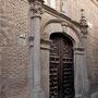 CONVENTO DE SANTA ISABEL DE LOS REYES. Entrada a la iglesia. Siglo XVI.