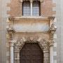 PALACIO DE JUSTICIA. Siglo XV. La portada gótica procede la antigua casa de los señores de Peromoro.