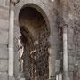La actual PUERTA DEL SOL se levantó en la época del arzobispo Don Pedro Tenorio, finales del siglo XIV.