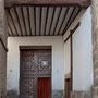 IGLESIA DE SAN MIGUEL. Entrada a la iglesia. Cobertizo de San Miguel.