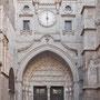 CATEDRAL. PUERTA DEL RELOJ. Ca. 1280 - 1300. Obra de talleres de Paris. También se conoció como Puerta de las Ollas, del Niño perdido, de la Chapinería, del Rey y de la Feria.