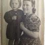 Christa Felten (Hambach) mit Mutter Agnes Hambach