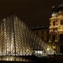 Pyramide du Louvre - Paris