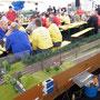 """In den blauen Hemden """"TT-Club Bayern"""" ; In den gelben Hemden """"München-West"""""""
