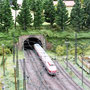 VT18.16  verläßt den Hauptbahnhof