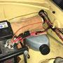 verlegte Kabel mit Sicherungshalter modern und 10 A für die Dauerplusleitung
