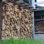 冬のストーブ用薪
