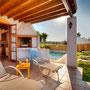 Sonnenbad auf der Terrasse, Foto: ZypernTraumVillen, Archiv