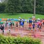 In strömendem Regen wurde den Teilnehmern, Zuschauern und Organisatoren einiges abverlangt