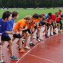 Start zum 800 Meter-Lauf