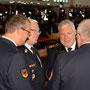1. Vorsitzender Heindl, KBR Bergmann, DFV-Präsident Kröger, SBI Fleck