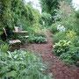 Le Jardin de Dan : coin repos dans le jardin d'ombre.