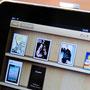 iPadでiBookを開いたところ。表紙が並んでいくとコレクションが揃うみたい!
