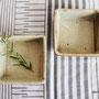 粉引 角鉢 (11.5×11.5×3.5cm)