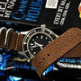 Band: Zulu Leder Supreme»Grain Nougat« | Uhr: Corvus Bradley Dive Watch