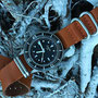 Band: Zulu Leder »Ridgeback« | Uhr: Corvus Bradley Dive Watch