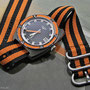 Band: Zulu HC, 3 Ring, »Orange Bond« | Uhr: Longines Ultronic Diver, Ref. 8484, aus den 70ern