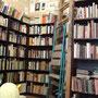 本だけじゃなく、絵もたくさんある
