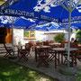 Unser ruhiger Gastgarten - abschalten - essen - trinken …