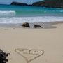 Unser Hochzeitsdatum verewigt im Sand