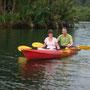 Gemütliches Cruisen auf dem Fluss, mit dem Kanu oder...