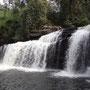 ... und natürlich einmal mehr einem Wasserfall