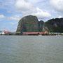 Unterweg in den Buchten Thailands