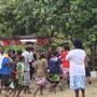 Tanz während einer kirchlichen Veranstaltung