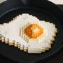 Low pixel CG 「焼き加減・目玉焼き」          2011  ceramic,ステーキ皿   detail