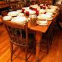 """# 8 VENDU  Table champêtre de 67 """" X 32 """". Le dessus de la table a été refait avec 3 vieilles planches en pin."""