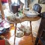 Belle table en trèfle  no. 155  VENDU