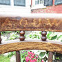 Ancienne chaise à bras avec inscription  no. 263 VENDU