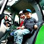 Bauernhofurlaub in der Eifel mit Traktor fahren