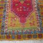 riparazione tappeto antico Trieste, una volta rasati gli eccessi di vello questo è il risultato di un restauro professionale