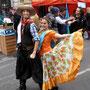 Junge Tänzer am Unabhängigkeitstag