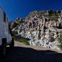 Eine wunderschöne Strasse durch tolle Felsformationen