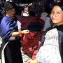 Markt in Otavalo - schöne Stoffe
