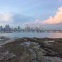 Abendstimmung mit Blick auf die Skyline von Panama City