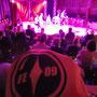 """Futsalicious mal ganz anders: Beim Konzert von """"On Purpose"""" im Zirkuszelt in Essen (Foto: Katharina Graner)"""