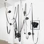 Zwischen schwämmen und steinen..., Metall Cutouts, Gurte, installationsansicht, 2013