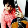 ほら、聴こえる? ギターが、泣いてるよ(^-^)  by 左近誠道