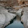 der obere teil des wadi bani khalid führt durch enge schluchten